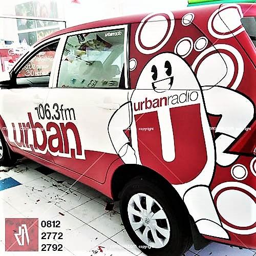 car branding bandung stiker mobil urban radio decal wrapping cutting anti gores mangele sticker