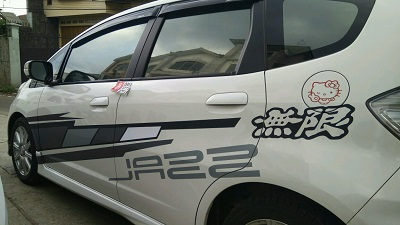 cutting stiker mobil | jazz striping | mangele stiker 081227722792