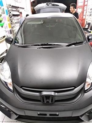 wrapping stiker mobil   Kap Mesin hitam doff Bandung   mangele stiker 081227722792