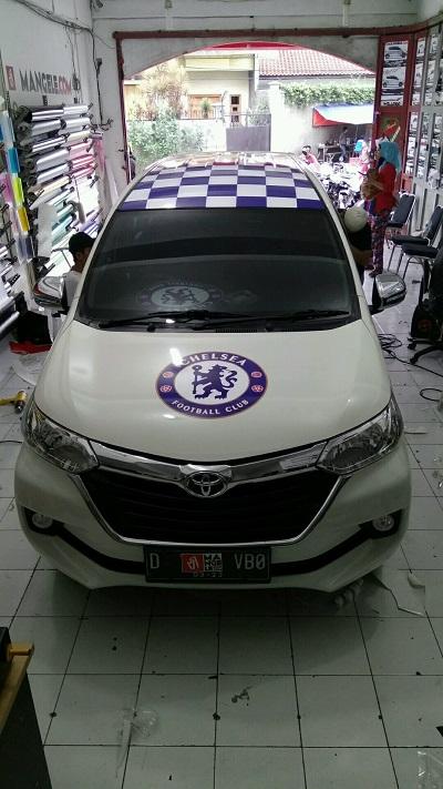 wrapping stiker mobil | Avanza Chelsea di Bandung | mangele stiker 081227722792