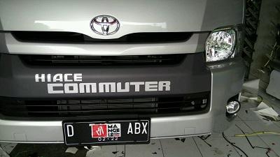 branding stiker mobil   hiace commuter   mangele stiker 081227722792