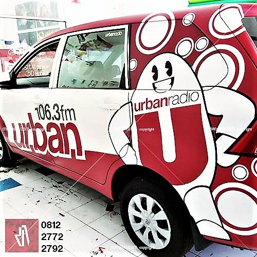 car branding bandung stiker mobil urban radio decal wrapping cutting anti gores mangele sticker