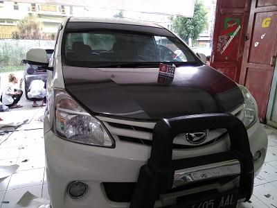 wrapping stiker mobil | carbon stiker xenia di bandung | mangele stiker 081227722792