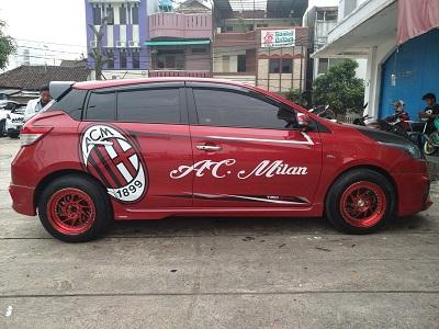 cutting stiker mobil | yaris ac milan Bandung | mangele stiker 081227722792