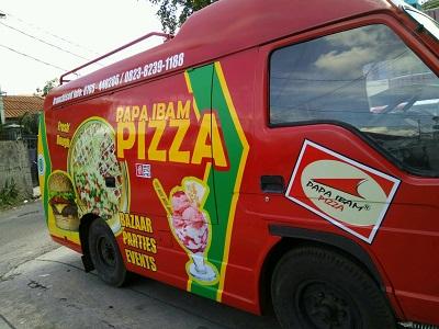 stiker mobil branding | papa ibam pizza | mangele stiker 081227722792
