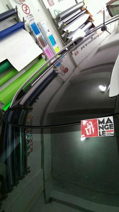 stiker wrapping mobil | stiker atap gloss hitam bandung | mangele stiker 081227722792