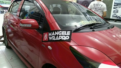 wrapping stiker mobil | Yaris Red Gloss RS Premium | mangele stiker 081227722792